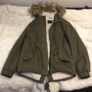 NWOT Nordstrom Love Tree Olive Anorak Jacket Large